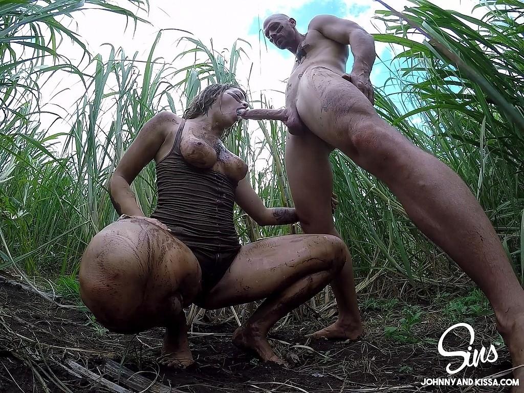 naked slutty biker babes